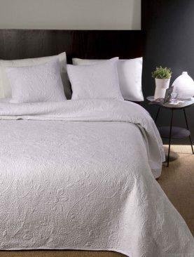 Cuvertura pat alba Delphine 7605 250x270 cm
