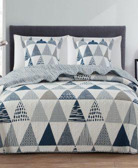 Cuvertura pat albastra triunghiuri 7873 Piastrella 235x270 cm