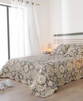 cuvertura pat dublu dormitor