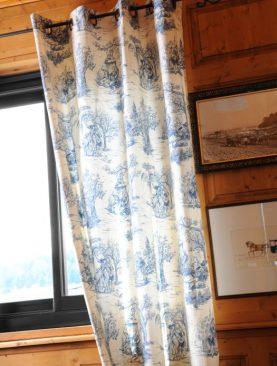 Draperie albastra personaje Galanterie 2838 135x250 cm