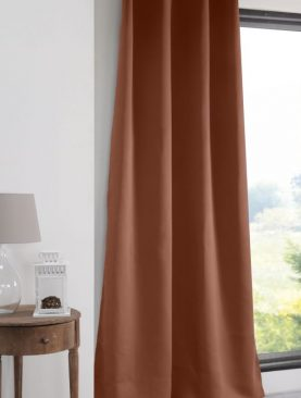 Draperie blackout caramizie Notte Cognac 135x250 cm