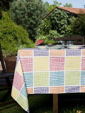 Fata masa puncte patrate colorate Garabatos 150x150 cm