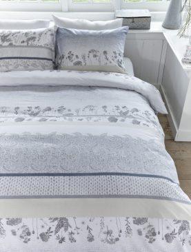 Lenjerie dormitor flori Pale Bluegrey 200x200/220 cm