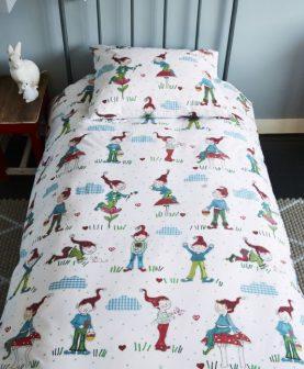 Lenjerie pat cu spiridusi Gnomes 140x200/220 cm