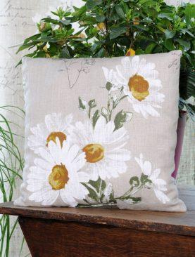 Perna decorativa flori compozitie in Margoblanc 40x40 cm