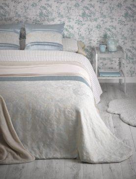 Cuvertura pat turcoaz clasica Linda 7777 220x240 cm
