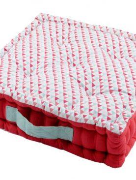 Perna podea rosie triunghiuri Isocele Rouge 45X45X10 cm